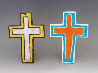 Croce grande terra bianca e nera
