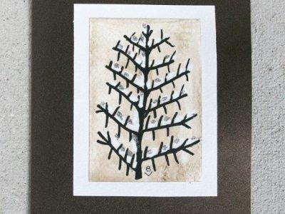 Albero con neve [decorazione a mano su sfondo a tecnica mista] - 2,00€
